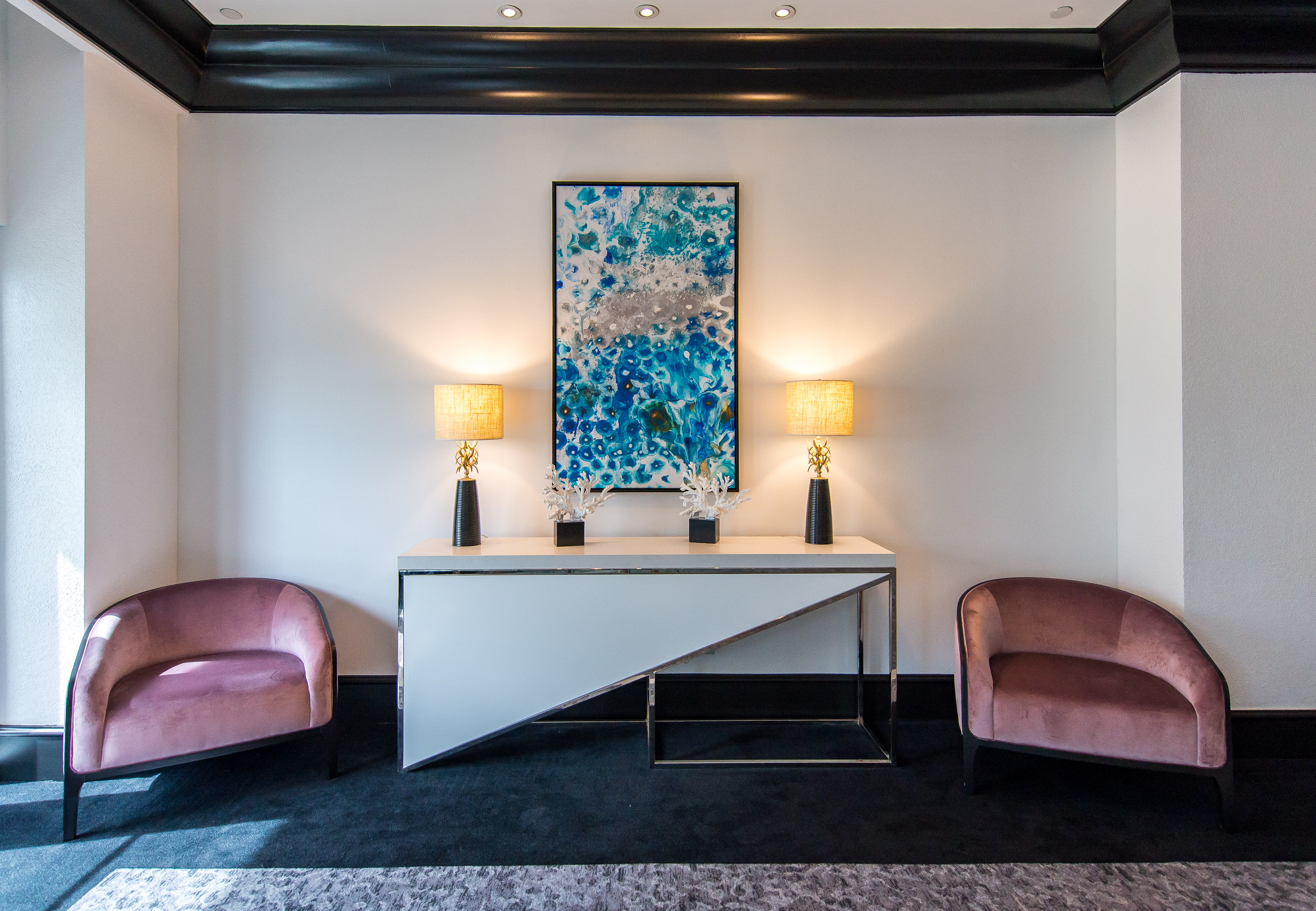 COLLECTION NOTES: AQUATIC SYMMETRY AT LOEWS MIAMI